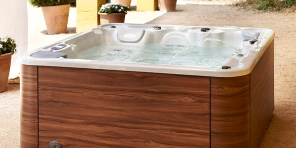 Advance 50 Hot Tub