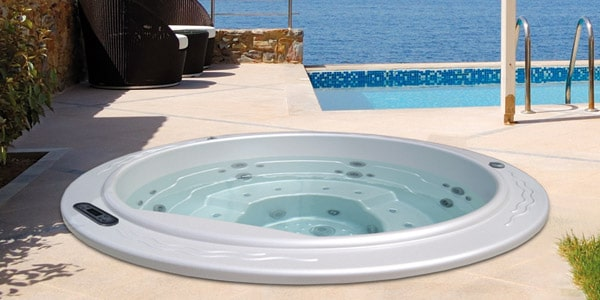 Round 2 In Ground Hot Tub Jacuzzi For 5 People Aquavia Spa Uk