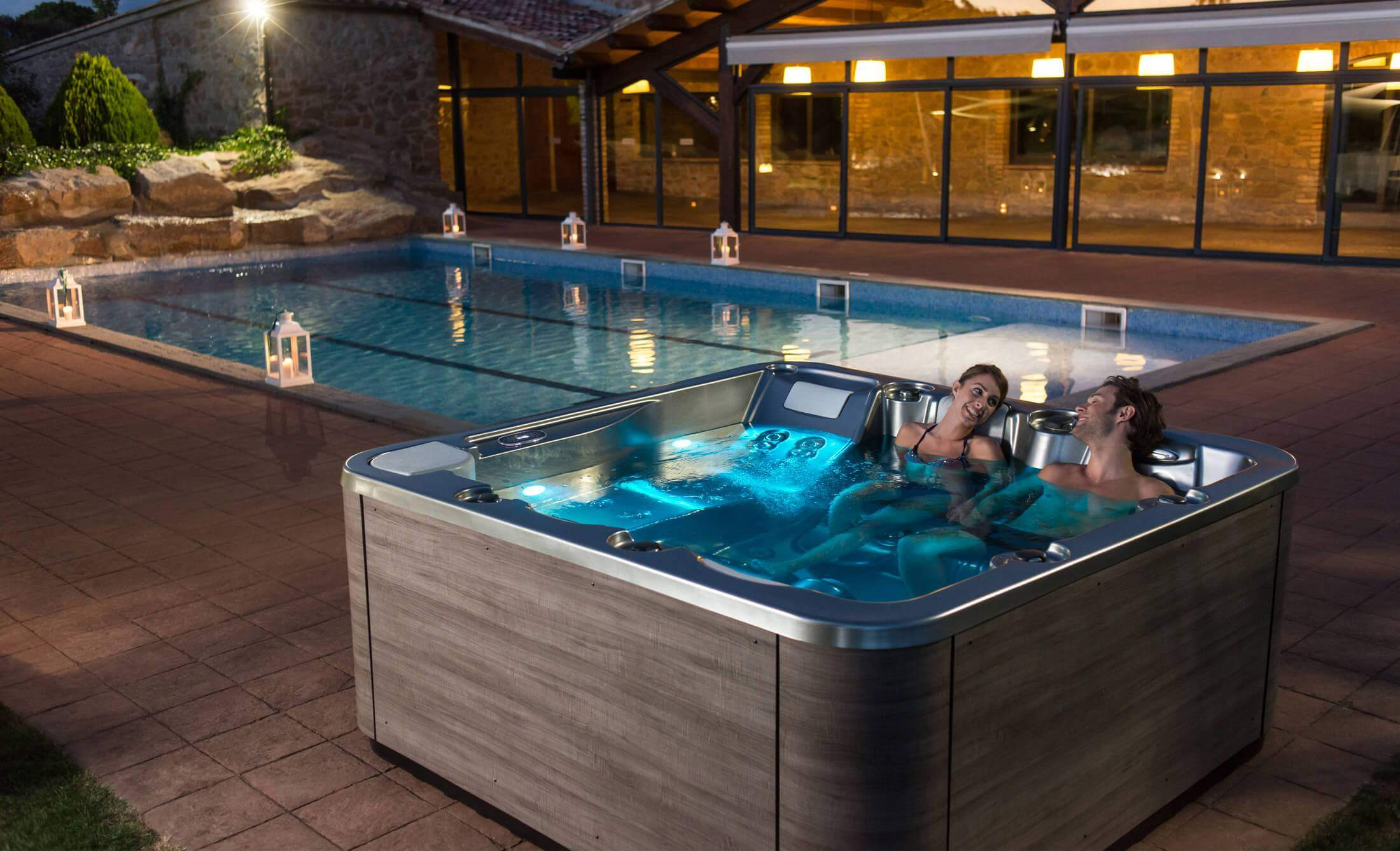 Buy hot tubs and hydromassage tubs - Hot Tub Manufacturer - Aquavia ...